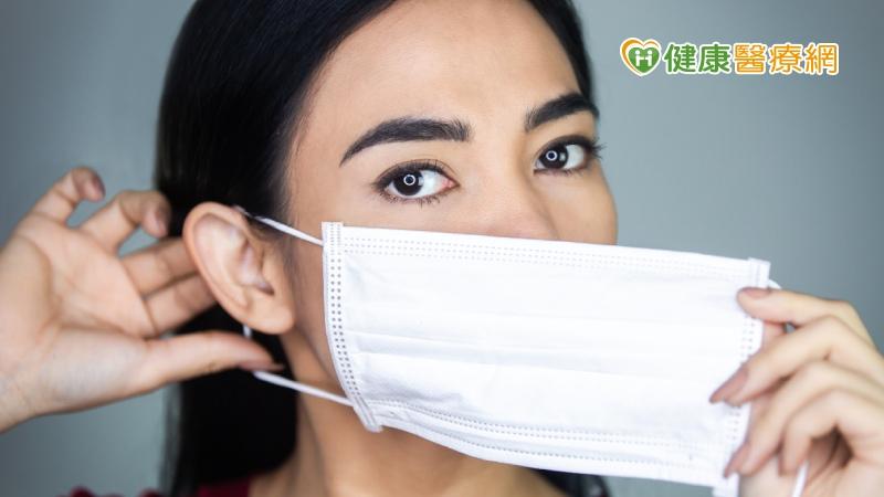 口罩美顏靠電眼 雙眼皮手術怎麼選?