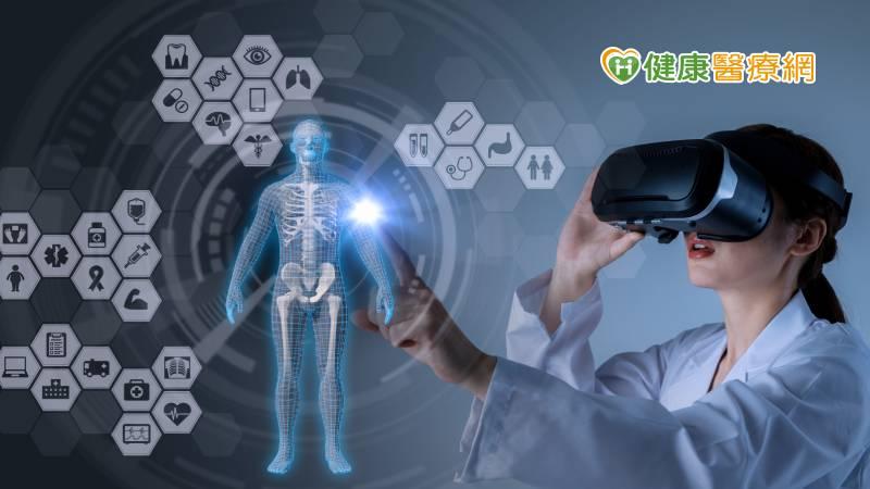 打造VR手術模擬中心 隨時與世界頂尖醫院跟刀_飄眉